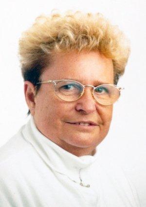 Portrait von Helga Behl