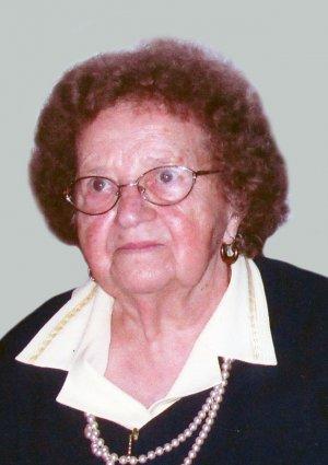 Portrait von Anna Slawik