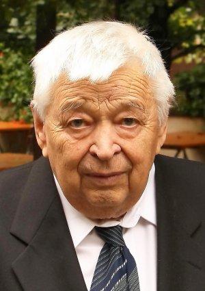 Portrait von Bernhardt Freund